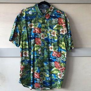 5/$25 ✨ Vans Aloha Shirt